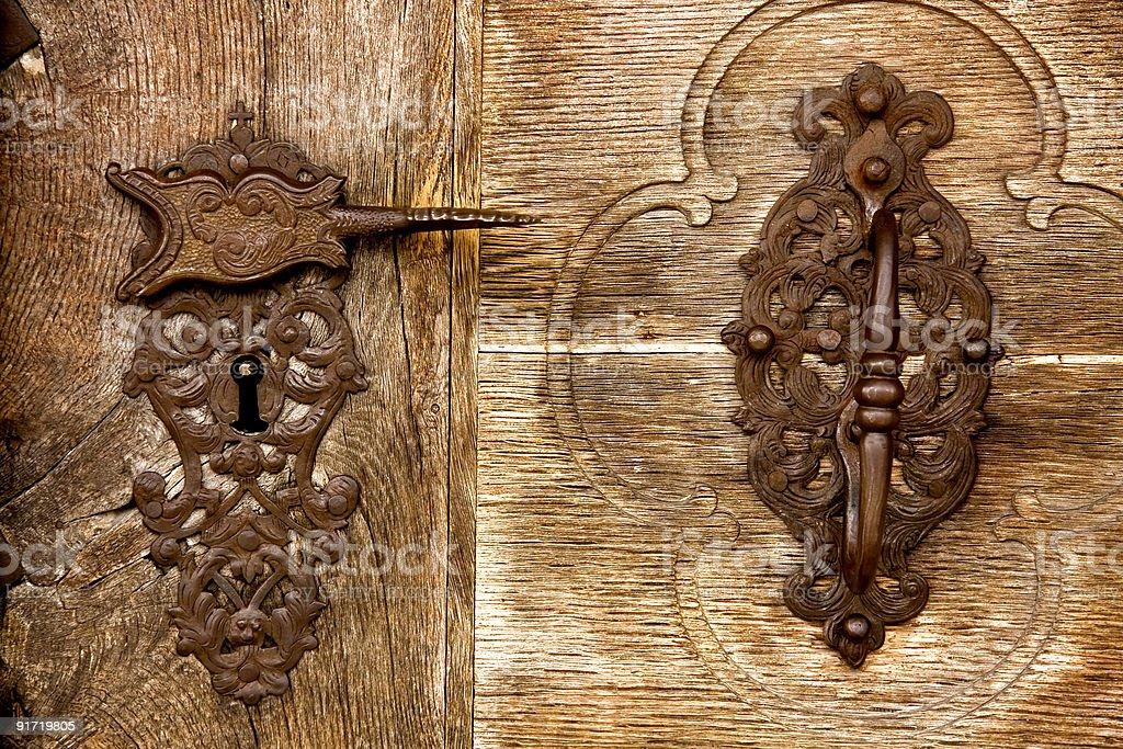 Церковь дверь с замком и ручка Стоковые фото Стоковая фотография