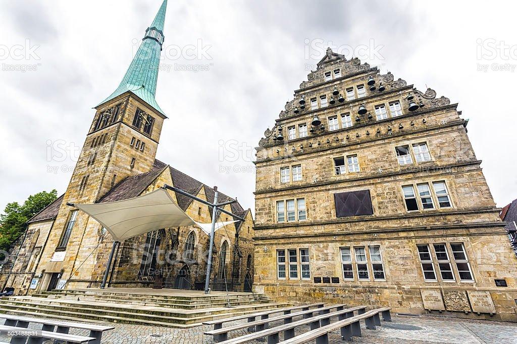 Church of St. Nikolas and Hochzeitshaus (Wedding House). Hameln, Germany stock photo
