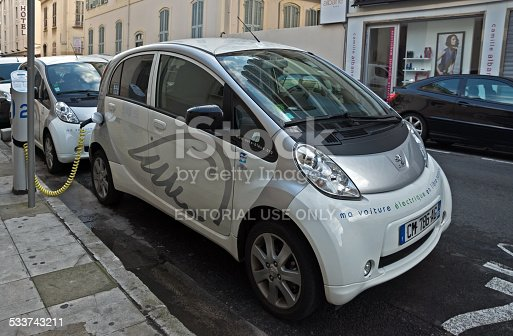 City Of Nice Electric Cars Stock Photo Istock