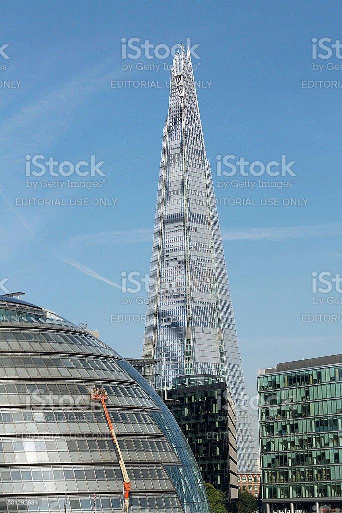 Municipio della città e dello Shard edificio a Londra foto stock royalty-free