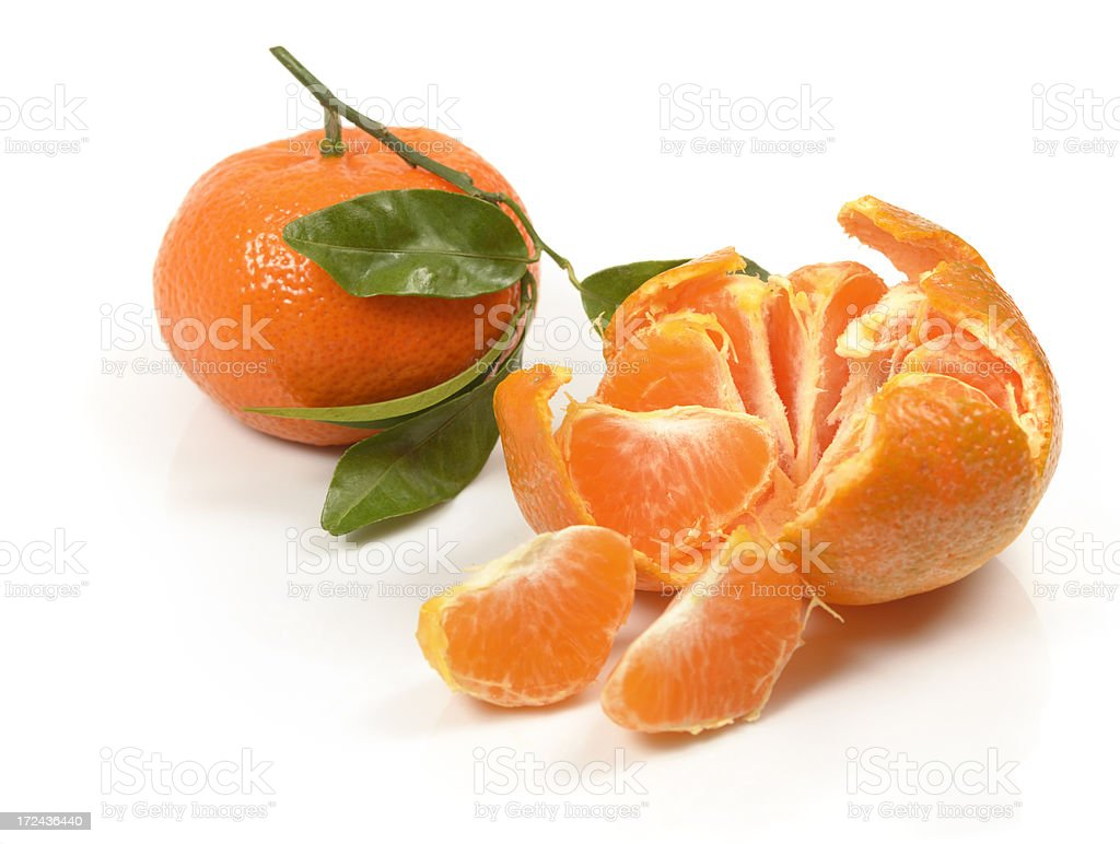 2 Clementines (tangerines) with leafs royalty-free stock photo