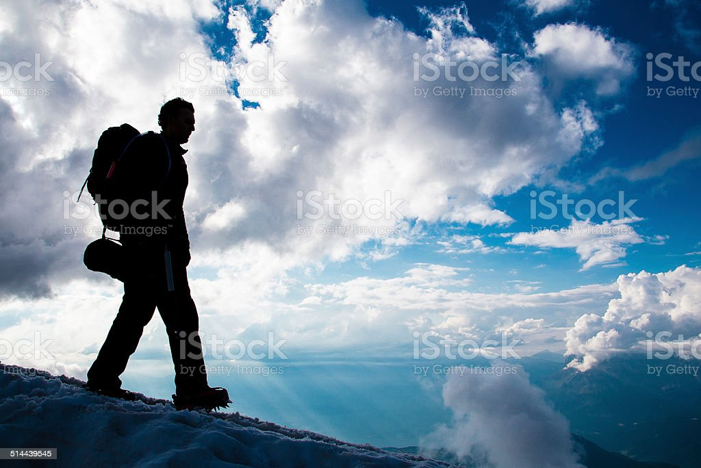 Climber in Mont Blanc - Alpinista no Mont Blanc stock photo