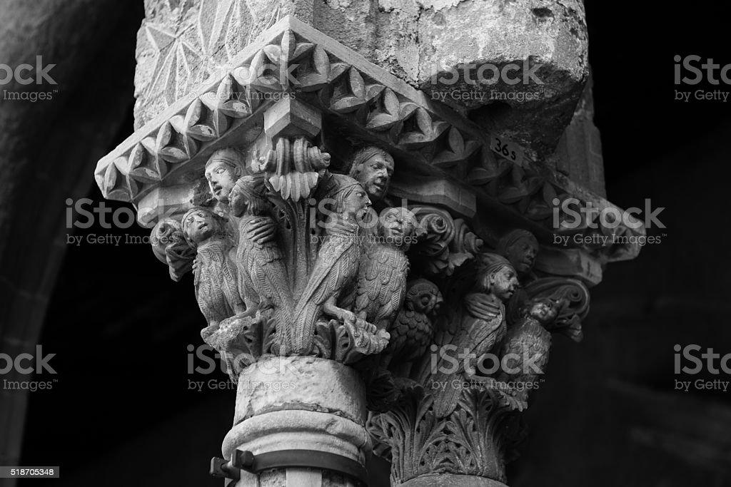 Chiostro del Duomo di Monreale, in Sicilia. 36° Capitello. SW. stock photo