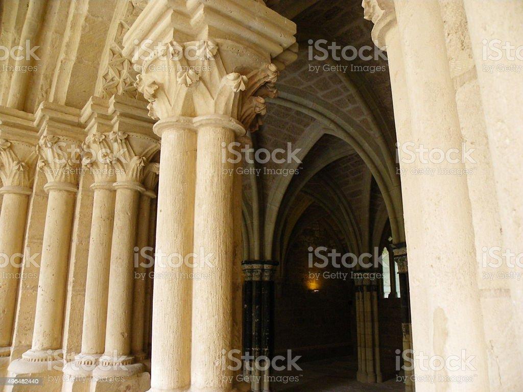 Claustro del monasterio stock photo