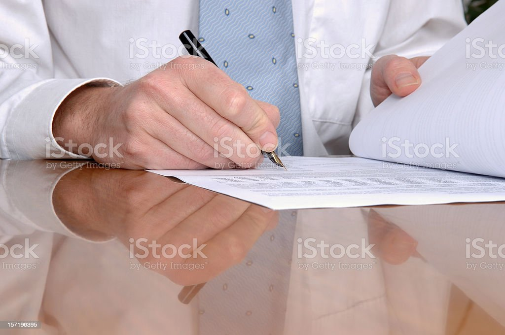 Closing a contract royalty-free stock photo