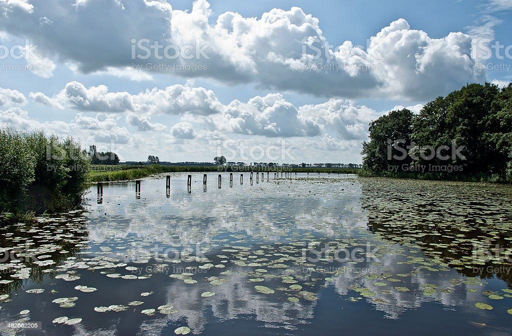 雲の湖です。 ロイヤリティフリーストックフォト