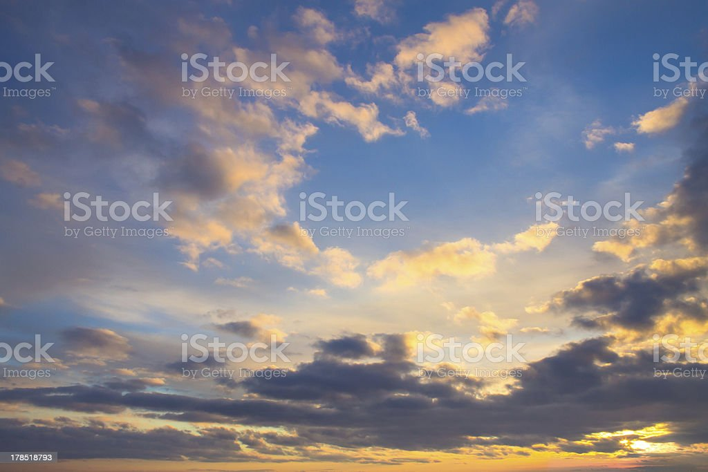 cloudy sunset sky background royalty-free stock photo