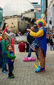 clown with children