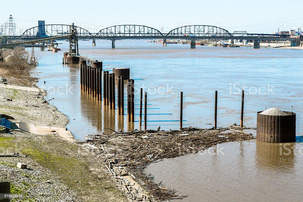 Coastline of the Mississippi River and MacArthur Bridge stock photo