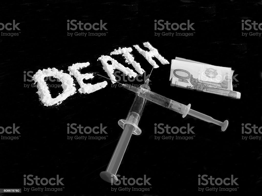 Cocaine drug powder, ijections and euro banknote stock photo