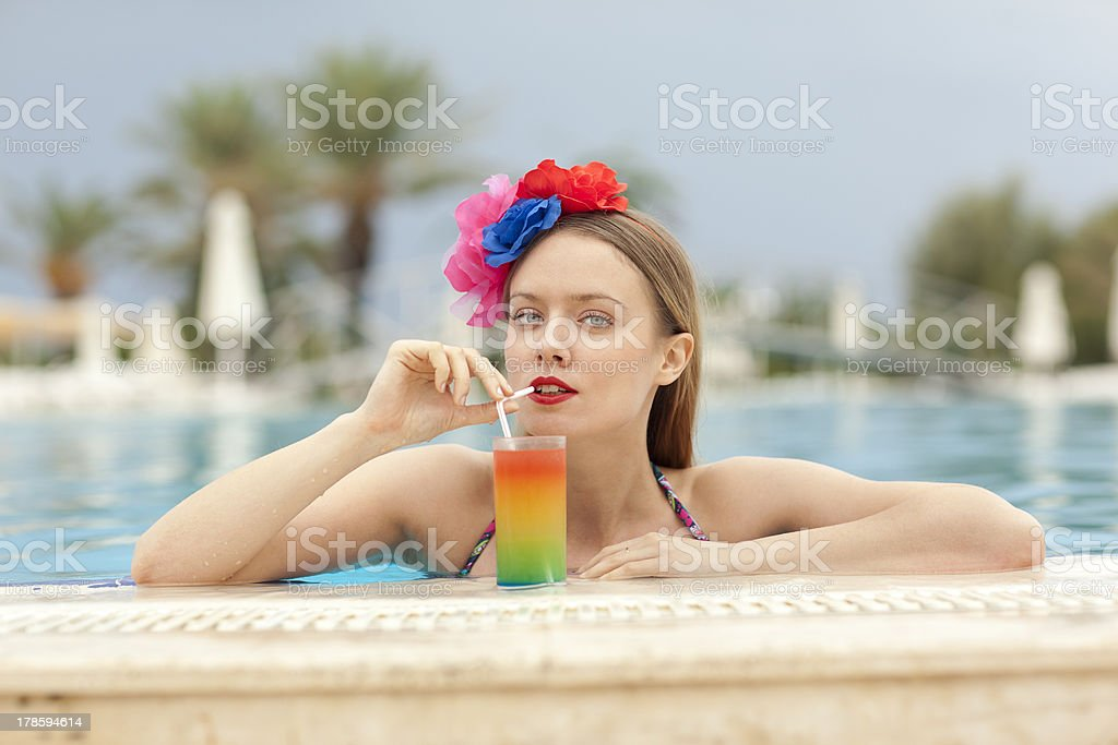 cocktail and the swimming pool royalty-free stock photo