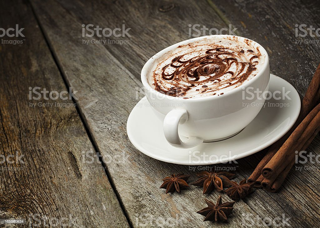 coffee cup, cinnamon sticks royalty-free stock photo
