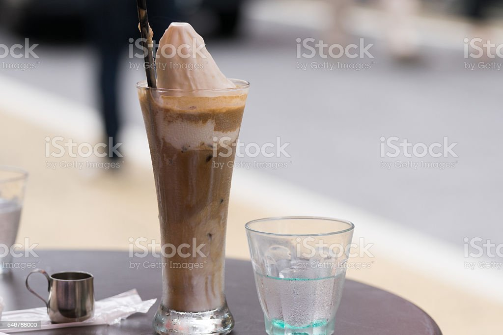 Coffee float and water photo libre de droits