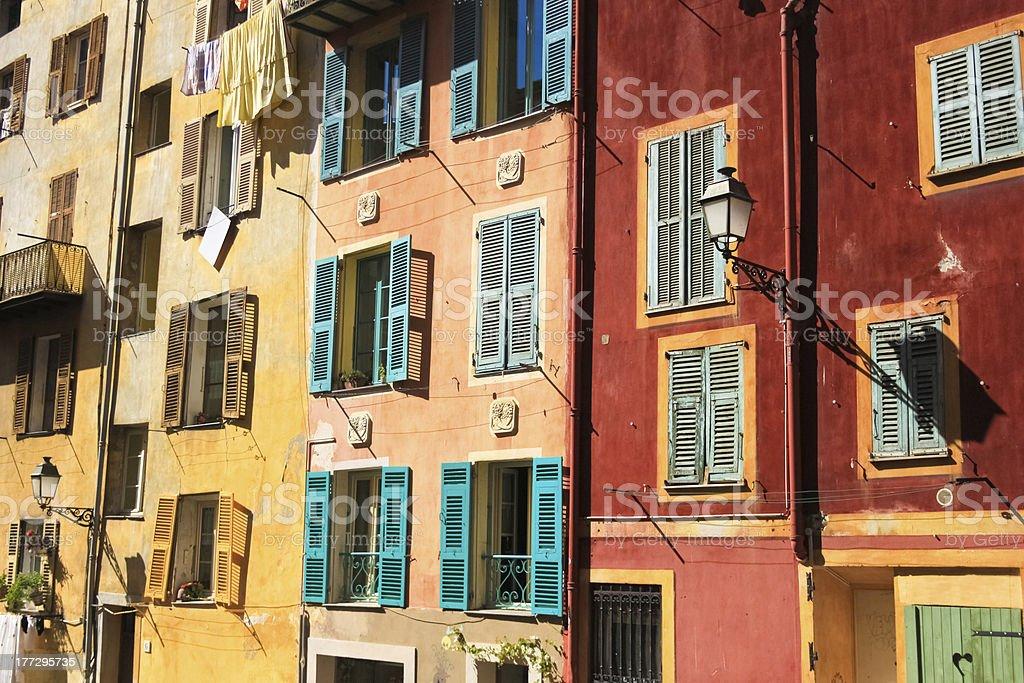 색상화 건물 구도시 of 니체, 프랑스 royalty-free 스톡 사진