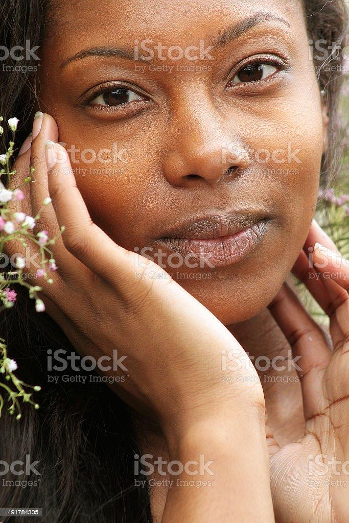Colore foto di una giovane donna foto stock royalty-free