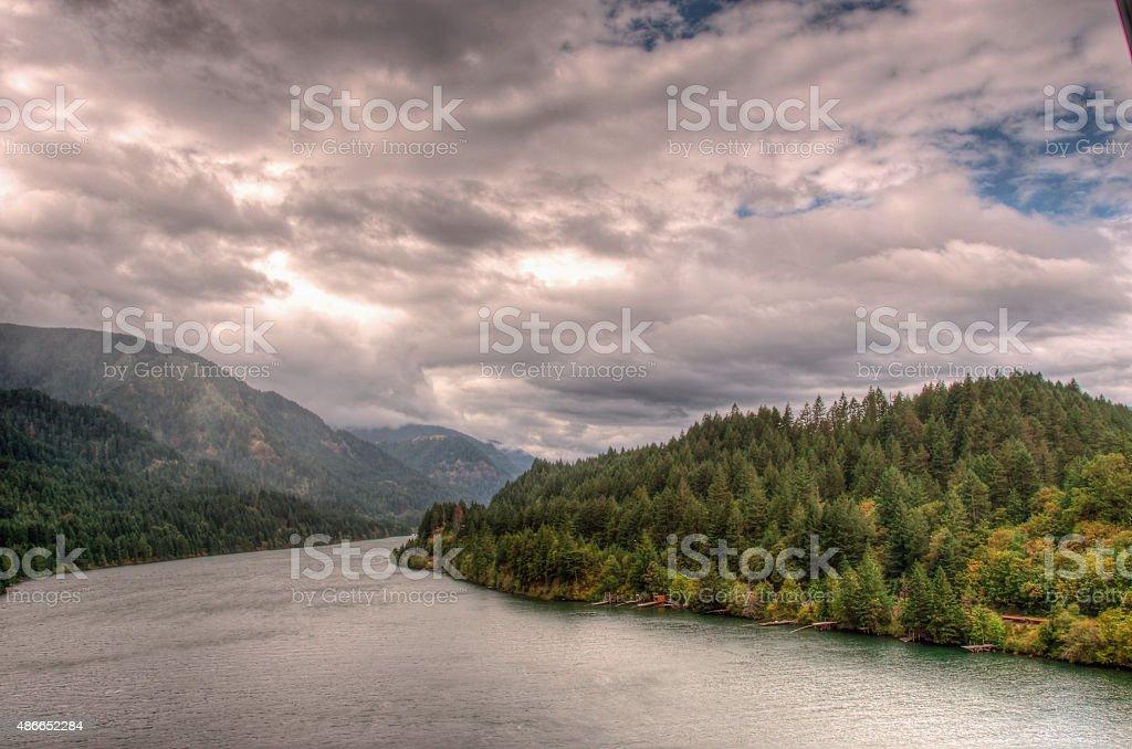 Река Колумбия от Bridge of the Gods Стоковые фото Стоковая фотография