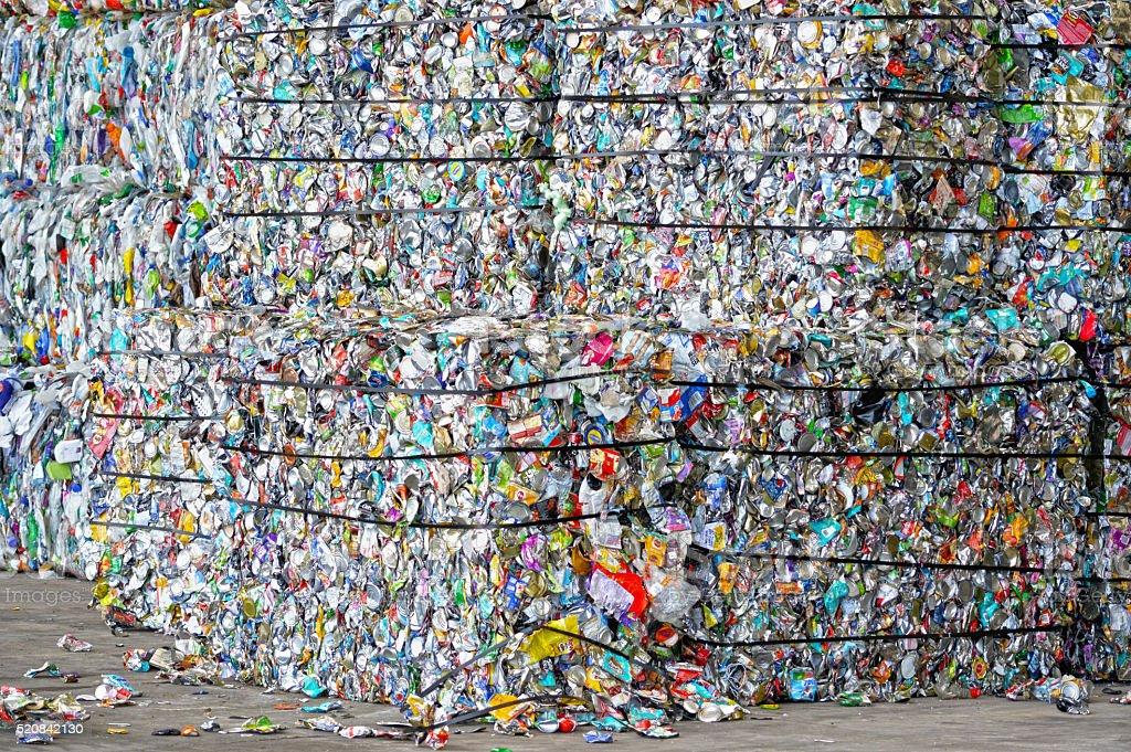 Prêt pour le recyclage de canettes compact photo libre de droits