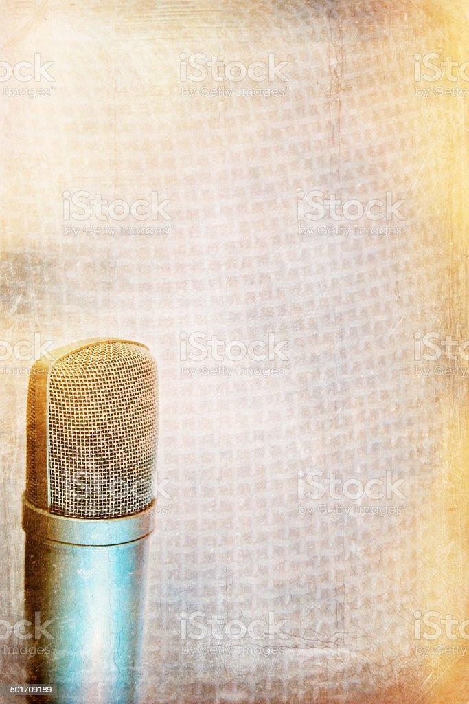 Конденсаторный микрофон фоне Стоковые фото Стоковая фотография