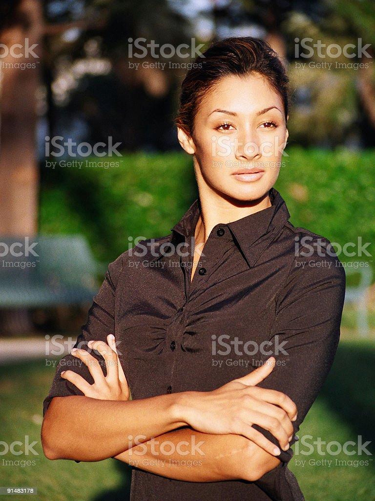Confiant femme regardant photo libre de droits