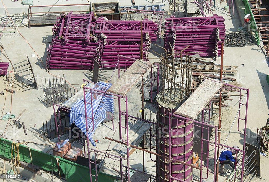 Стройплощадка, работников работы структура с цемент стали и металла Стоковые фото Стоковая фотография