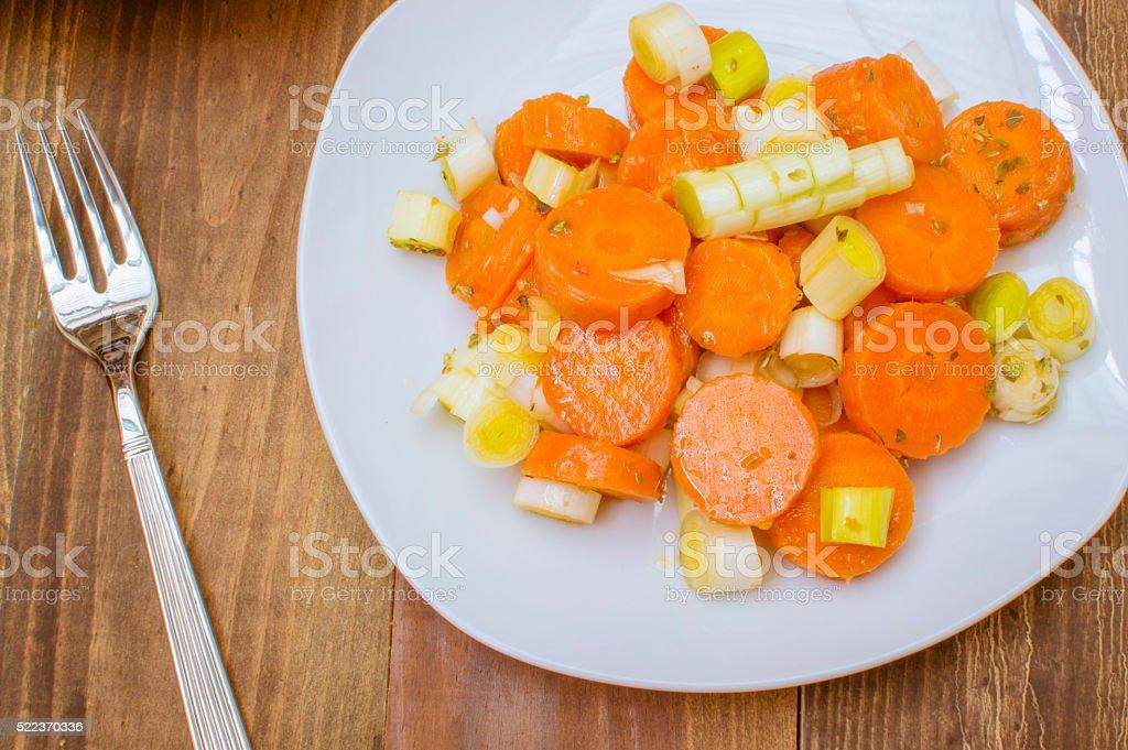 Ensalada de zanahorias cocidas photo libre de droits