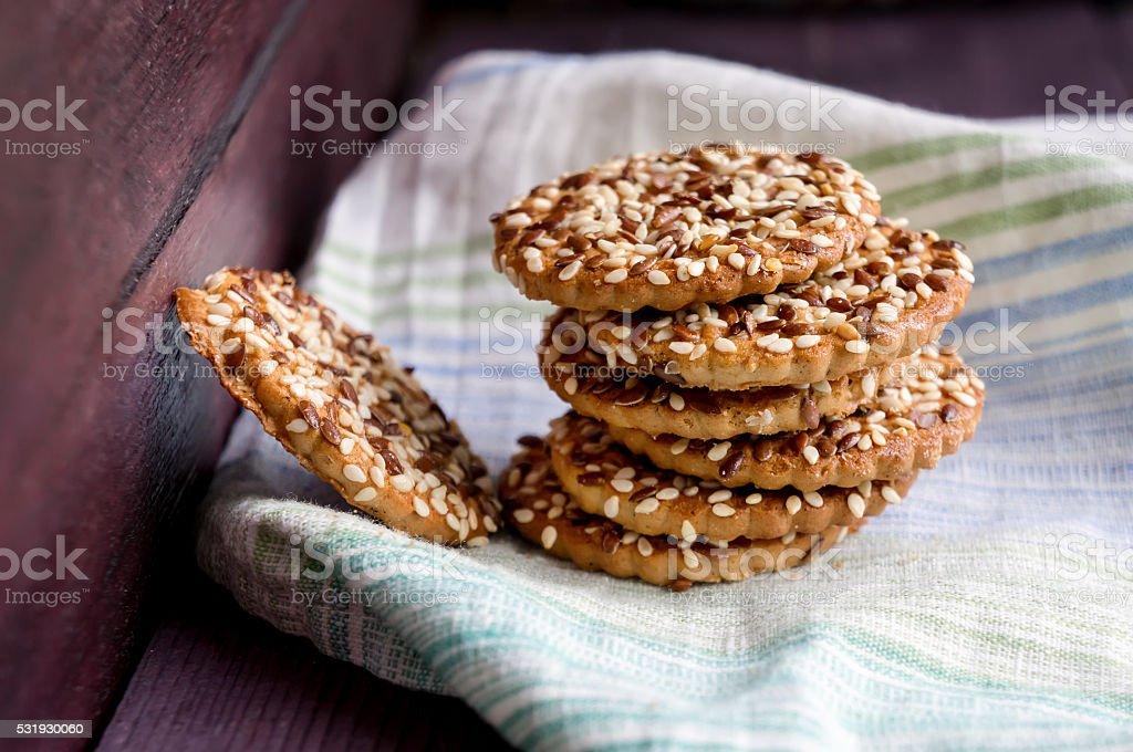 Cookies com sementes de guardanapo foto de stock royalty-free