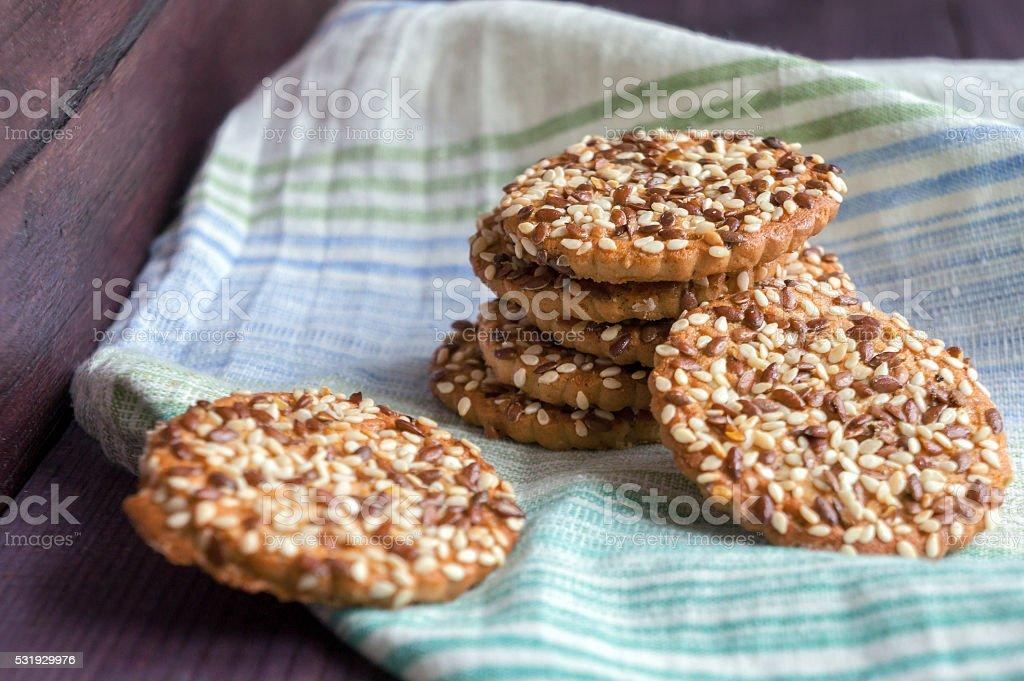 Cookies com girassol e sementes de sésamo foto de stock royalty-free
