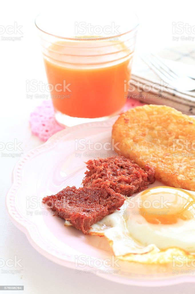 corned beef and hashed brown stock photo