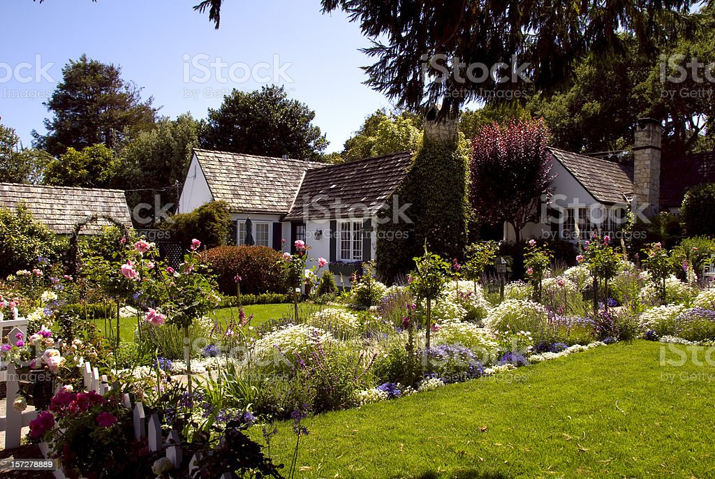Cottage Formal Garden, Classic American Home & Front Yard Flower Bed stock photo