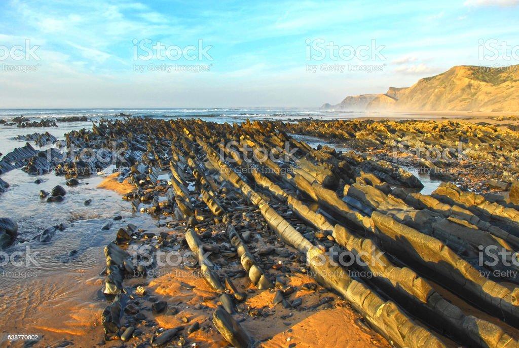 couché de soleil, plage de l'algarve, sud portugal stock photo