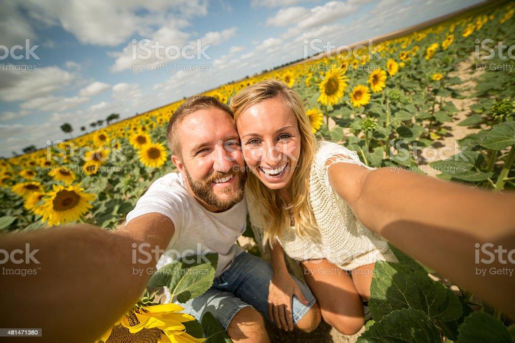 Paar, das romantische Sommer Urlaub – Foto