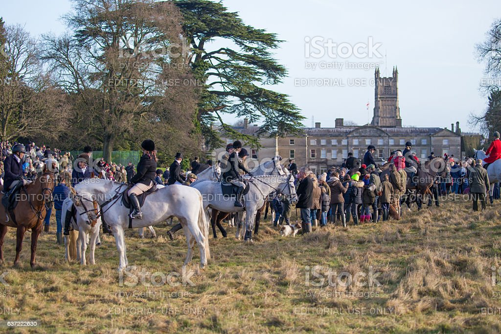 Crowds gathering for the 2016 Boxing Day hunt stock photo