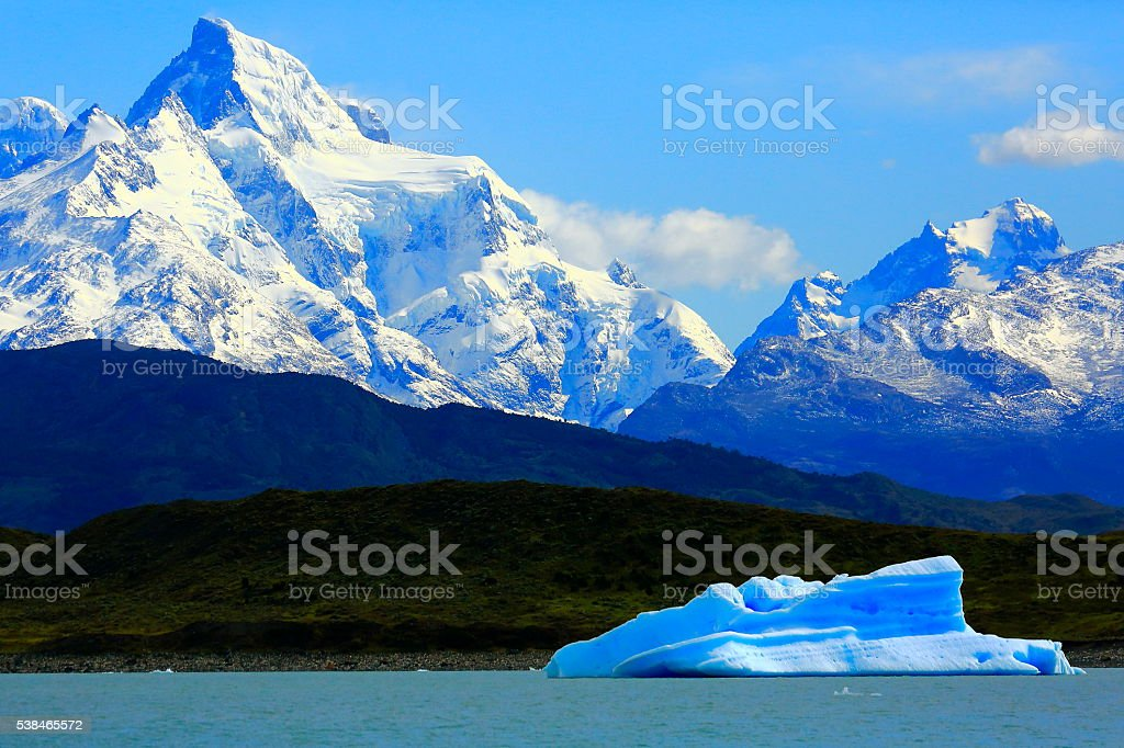 Cruise journey into Lake Argentina, icebergs, mountains and glaciers, Patagonia stock photo