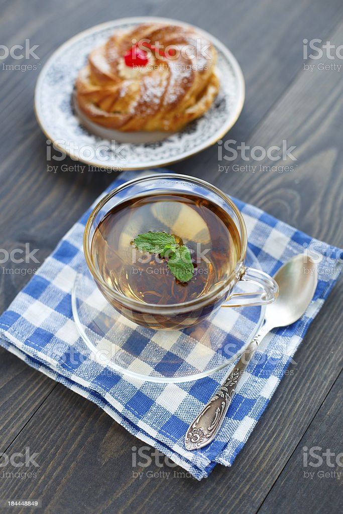 Cup of tea and cake royalty-free stock photo