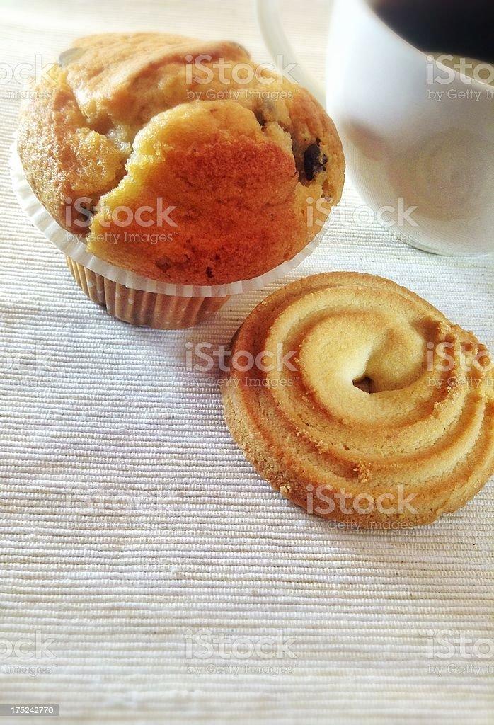 Cupcake e biscotto foto stock royalty-free