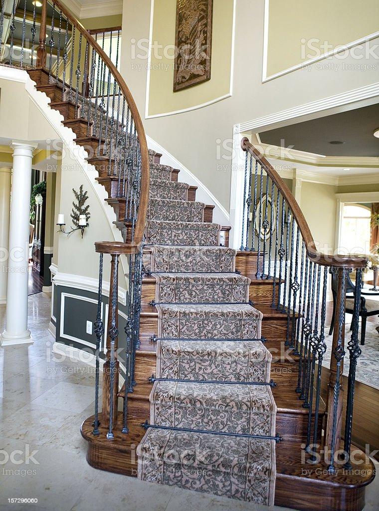 Escaleras de casas de lujo archivo de la etiqueta for Escaleras de casas de lujo