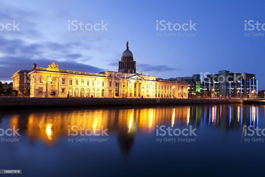 Custom House In Dublin Ireland At Dusk stock photo