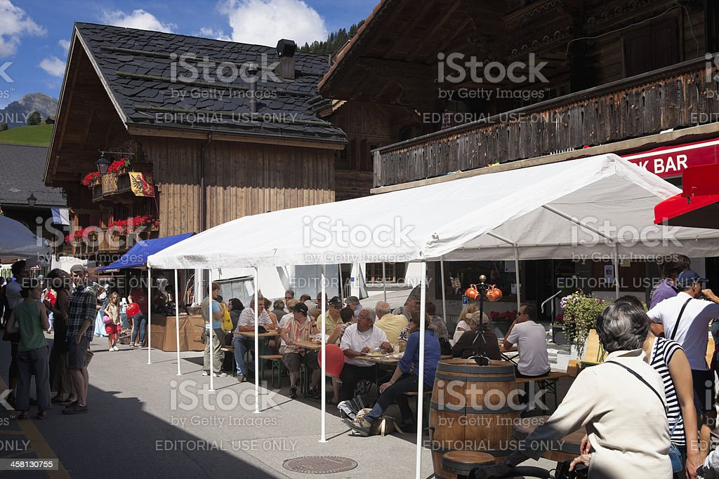 Customers and Merchants at the Rougemont Brocante eat lunch stock photo