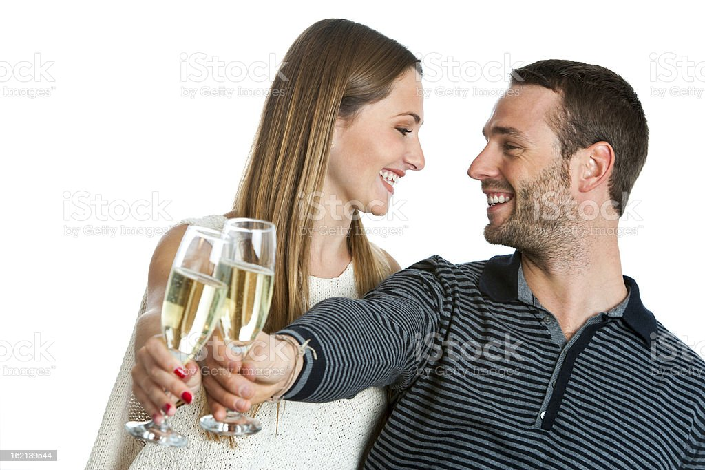 Joli couple, faire un toast au champagne. photo libre de droits