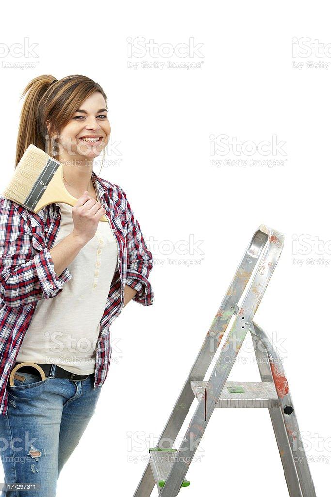 Jolie femme peintre prêts à peindre. photo libre de droits