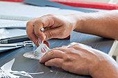 Cutting self-adhesive vinyl