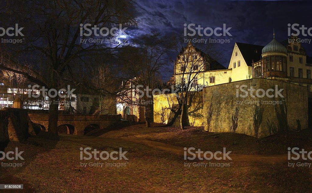 Darmst?dter Schloss und Burggraben im Mondschein royalty-free stock photo