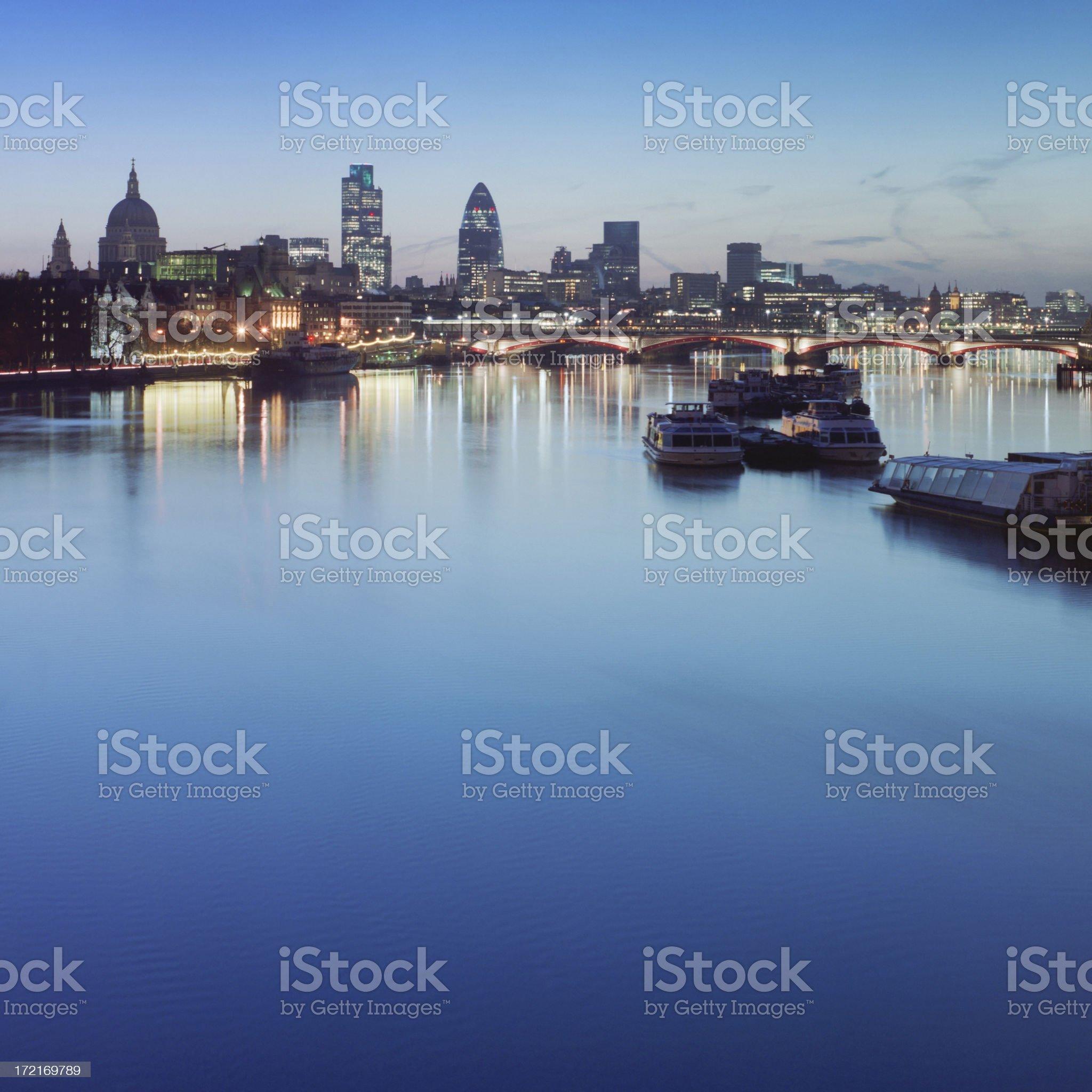 Dawn on the Thames XXL royalty-free stock photo