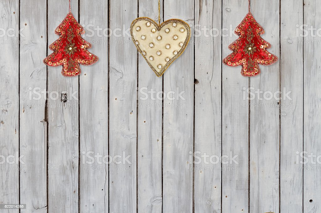 Decoration  with Christmas Trees and Christmas Heart Velvet Ornaments – Foto