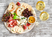 delicious appetizer to wine