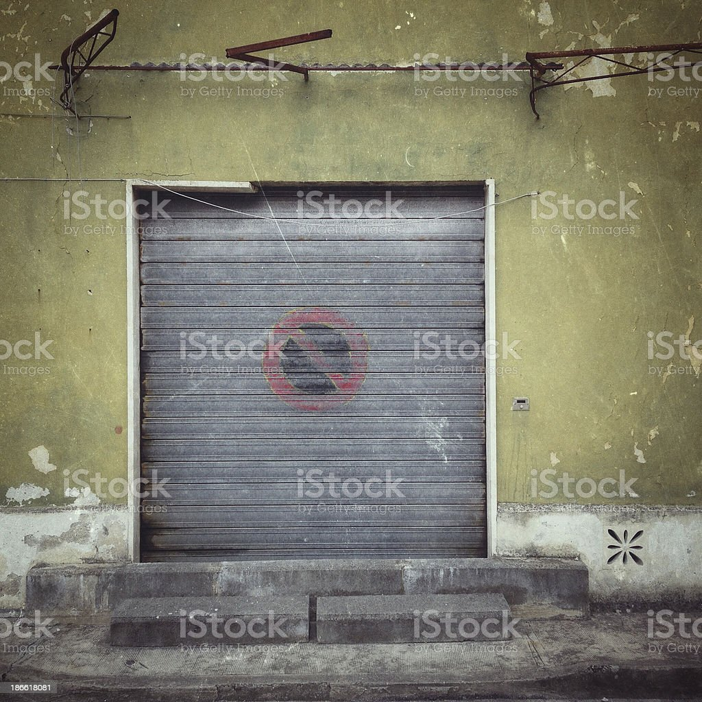 Derelict suburban shop - shut and closed stock photo