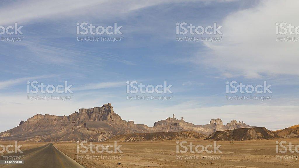 Desert Highway, Akakus (Acacus) Mountains, Sahara, Libya stock photo