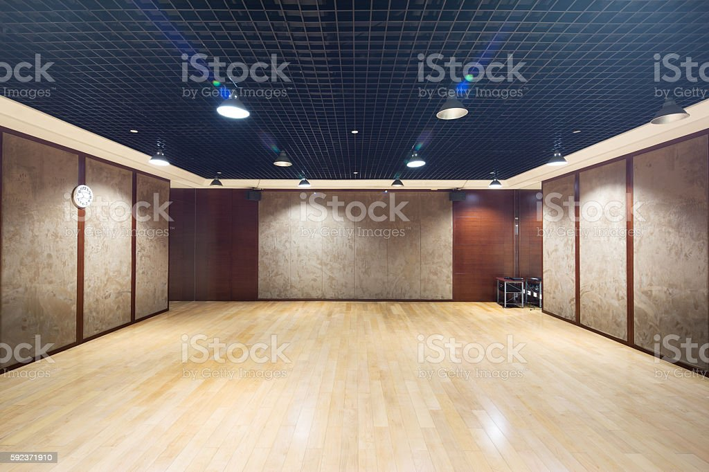 design and decoration of empty room in modern gym