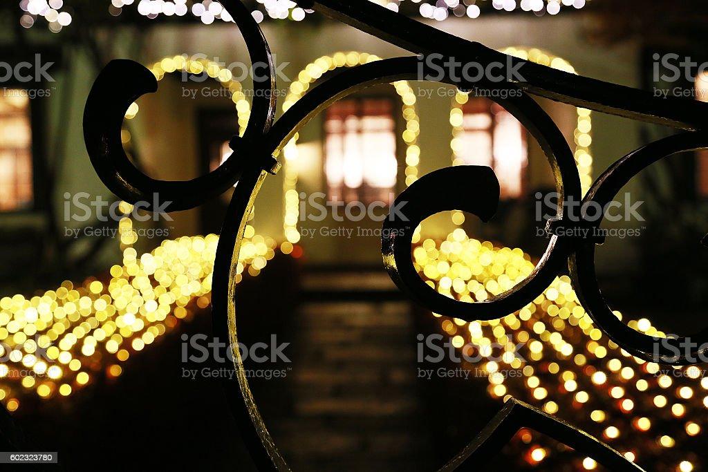 Design of illuminations and the gate of the entrance foto de stock libre de derechos