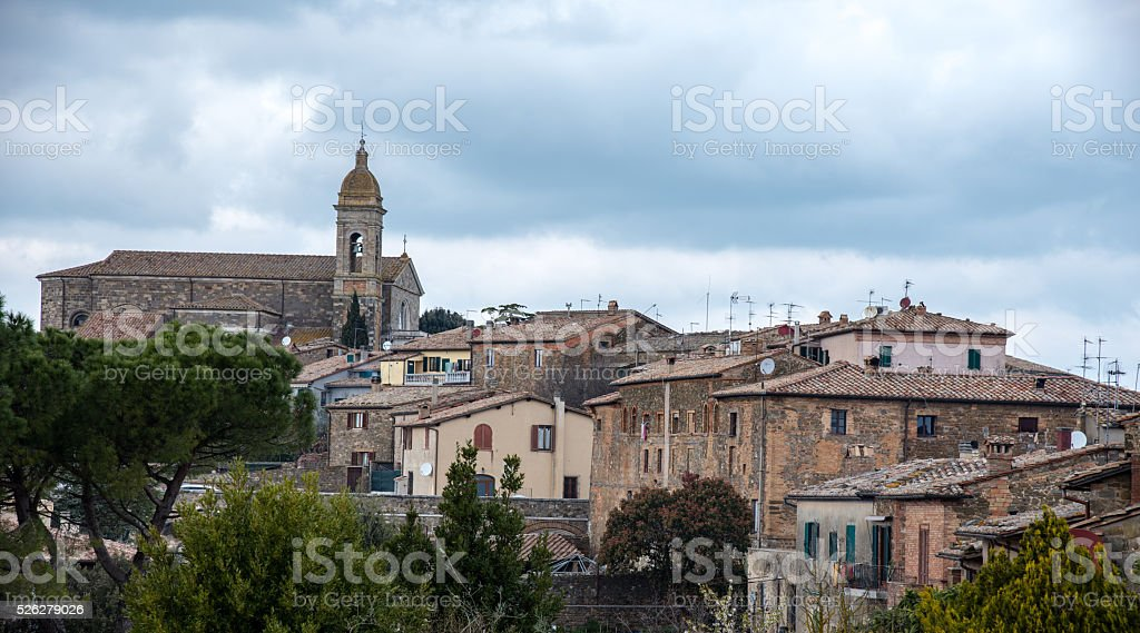 destinazione italia: montalcino stock photo
